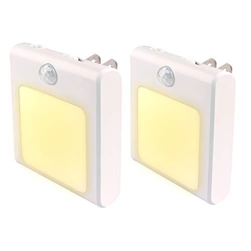 「配送無料」人感センサー ライト WEYON 足元灯 モード切替 明るさ調節可 コンセントに挿すだけ LED 明暗センサー 電球色 2個セット