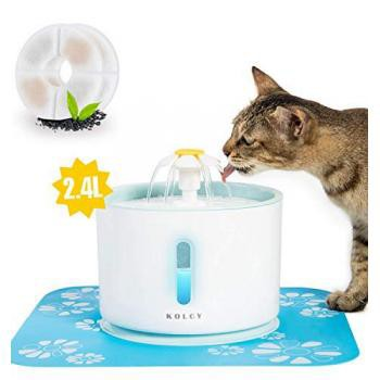 KOLCY ペット給水器 猫 犬 自動給水器 2.4L/80oz 大容量 水飲み器 ledライト 2つ活性炭フィルター付・・・
