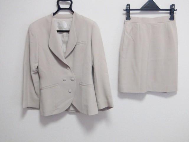 コーガマリコ MARIKO KOHGA スカートスーツ レディース 美品 ベージュ 肩パッド【中古】