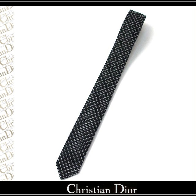 クリスチャン・ディオール(Christian Dior)