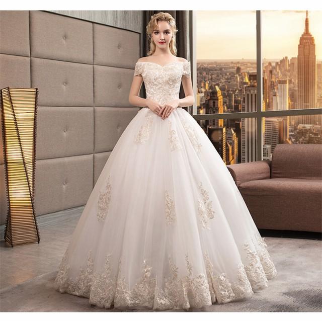 05bbd09a5ead0 最新作 レース ウェディングドレス オフショルダー Aライン 白 結婚式 披露宴 ベール パニエ グローブ