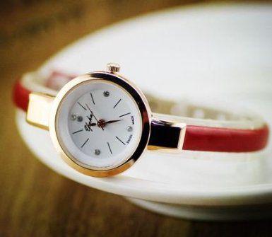 腕時計 おしゃれ 細身バンド 丸い文字盤 (レッド)