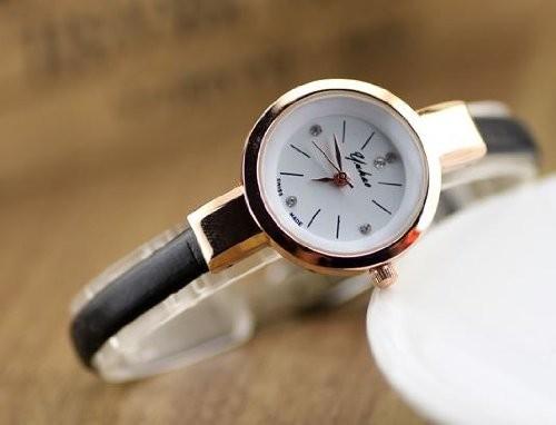 【お取り寄せ】腕時計 おしゃれ 細身バンド 丸い文字盤 (ブラック)