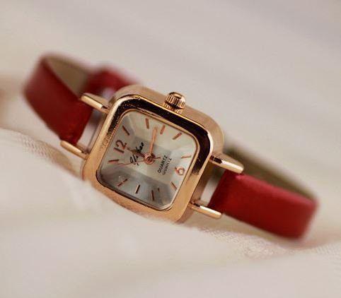 腕時計 クラシック 華奢バンド スクエア文字盤 (レッド)