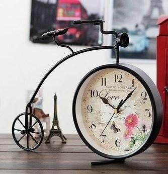 置時計 アンティーク風 自転車型 花と蝶々の文字盤