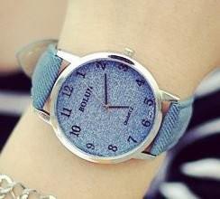 腕時計 ビンテージ調 デニム地風 大きめ文字盤 (ブルー)