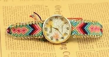 【お取り寄せ】腕時計 エスニック風 花柄の文字盤 編み編みベルト (C)