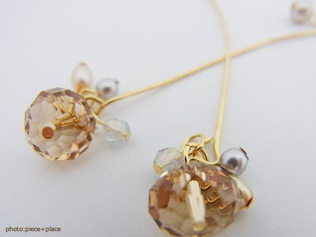 独創的なデザインのメタルゴールドラインのボタンカットビーズのイヤリング イアリング 日本製