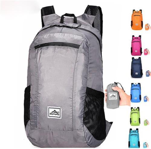 アウトドアバックパック スポーツハイキングバッグ 超軽量 大容量 防水 収納袋付き 折りたたみ リュック 登山便携式バックパック旅行 男