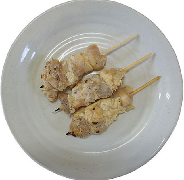 素焼き もも串 (40g×50本)【鶏肉】【中国産】【冷凍 焼き鳥 焼鳥 やきとり】【業務用】(fn82111)
