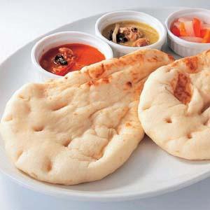 ナン (中)70g×5枚 長期保存 便利な冷凍できるパン【冷凍パン】【朝食】(nh151267)