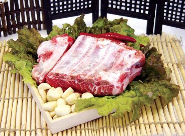 【クール便で無料発送】豚肉 豚スペアリブブロック 10kg★韓国食品*韓国食材★冷凍豚肉★BBQ*焼肉/