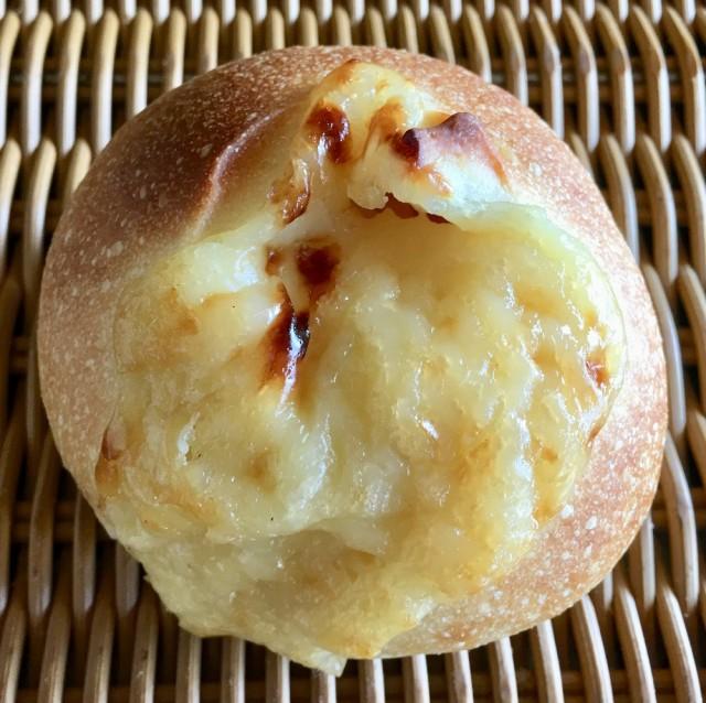 【クリームチーズクリーム】クリーミーなクリームチーズのクリーム入りフランスパン