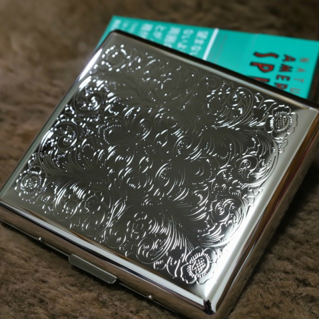 【PEARL】カジュアルメタル シガレットケース アラベスク85mm ブランド たばこケース メタル 20本 丈夫 キングサイズ用 人気 おしゃれ