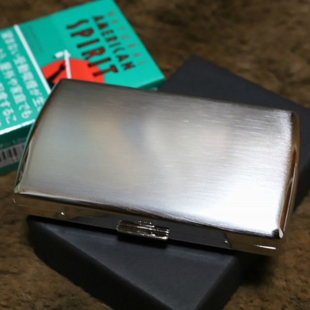 【PEARL】携帯灰皿 ヴィーナス シルバー サテン仕上げ 人気 ブランド おしゃれ 上品 レディース可 アイコス灰皿 iQOS灰皿