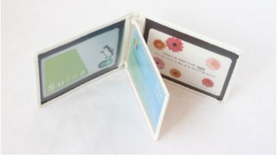 【ホワイト】薄型 シンプルな折りたたみパスケース カードケース レザー
