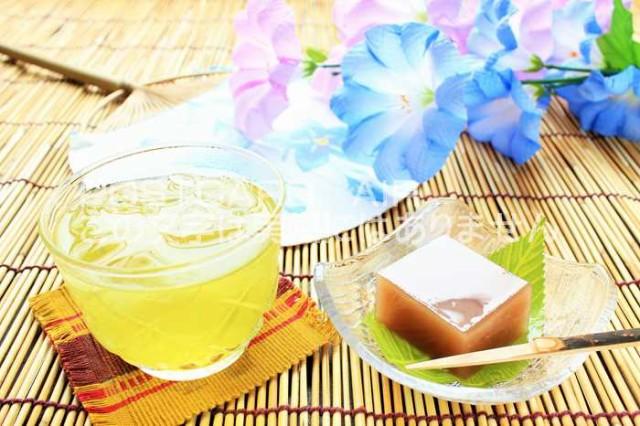 【日本のポストカードAIR】水ようかんと冷たい緑茶のはがきハガキ葉書 撮影/YOSHIO IWASAWA