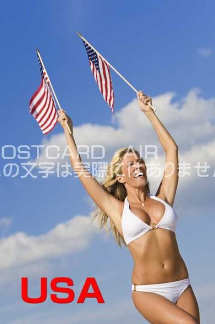【限定文字入りポストカード】「USA」アメリカ人白人女性が星条旗を振りながら水着で走る ハガキはがき絵葉書postcard-