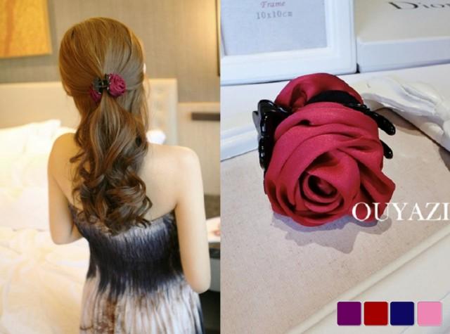 バラの花びらのようなデザインがかわいい ヘアクリップ ヘアアクセサリー フェミニン ワニクリップ フラワー レディース その他