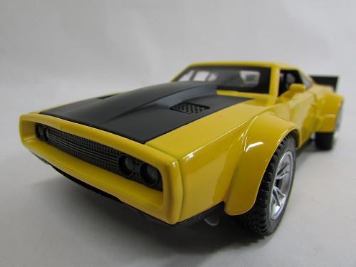 サウンド・ライト プルバック♪ サウンドライトミニカー 1:32 Dodge War Horse ダッジ・ワーホース イエロー NMC112YE