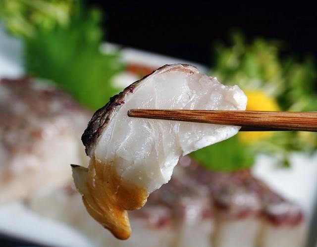 熊本県天草産 湯引き済みゆず〆 真鯛 養殖フィレ 1枚(300g以上) ※冷凍