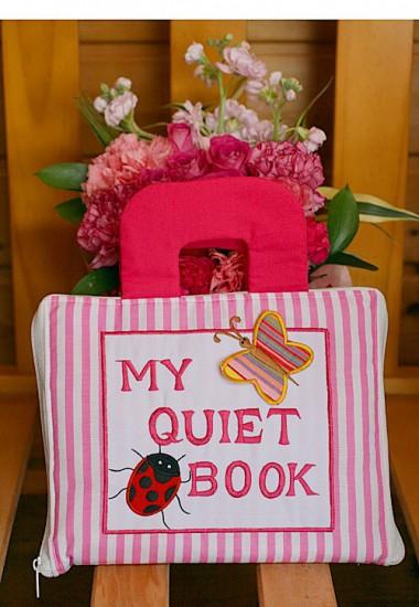 布絵本 MY QUIET BOOK マイクワイエットブック ピンクストライプ 英語刺しゅう版 知能開発レッスンブック 幼児教育 送料無料