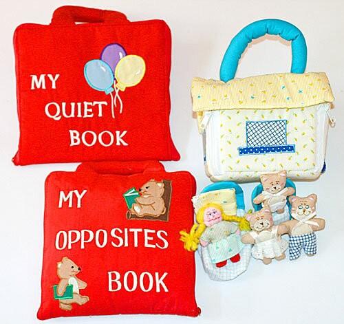 布絵本 MY QUIET BOOK バルーン MY OPPOSITES BOOK 刺しゅう英語版 おまけ付き 布のプレイハウス 金髪の女の子と三匹のくま プレイ ラー