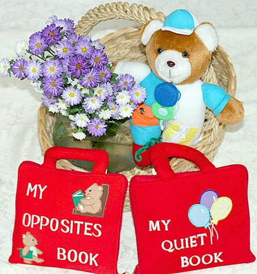 布絵本 MY QUIET BOOK バルーン MY OPPOSITES BOOK刺しゅう英語版 おまけ付き レッスンアニマル プレイ ラーンギフトセット 幼児教育