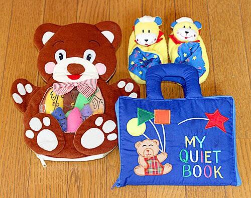 布絵本 布おもちゃ マイクワイエットブック ハンドパペット MY QUIET BOOK ベア ブルーとベア/フィッシュとおまけ付きルームシューズ 送