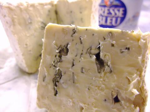 ブルー・ド・ブレス 約250g 青カビチーズ フランス産