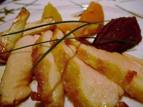 冷凍 スペイン産 最高級地鶏 プーレ ジョーヌ 2700円/kg 1羽約4000円〜 量り売り商品 1.5-2kg
