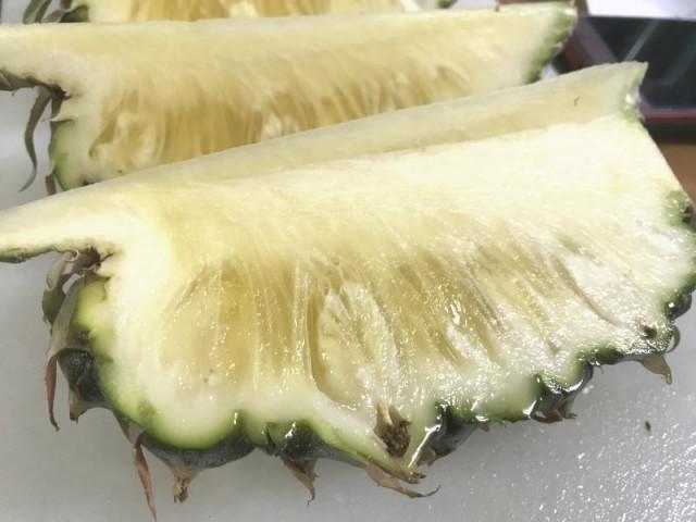 完熟島パイン(ハワイ種)沖縄県産・露地栽培 5kg 3〜5個 発送6月下旬〜8月下旬