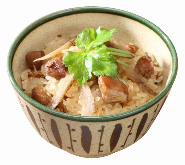 とりおこわ 鶏肉とごぼうだけのシンプルでも深みのある味わいでもち米との相性も抜群。 2合分 x1袋 大トウ 洗米不要 水不要 早炊