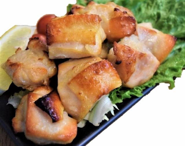 大粒ローストカットチキン 1kg【業務用 冷凍食品 惣菜 鶏肉 チキン もも お弁当 おかず おつまみ 時短調理 アレンジ料理】