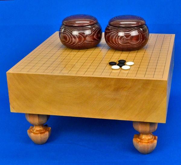 囲碁セット 本桂4寸足付碁盤セット(ガラス碁石新生梅・木製碁笥栗大)