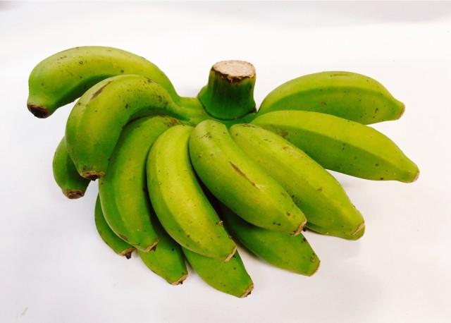 人気の国産バナナ!!まったり濃厚!モチモチ美味しい!沖縄産無農薬島バナナ1.5?2〜3房 話題のバナナジュースにも