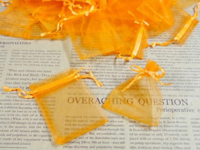 【お盆も発送!】 ジュエリー袋 オーガンジー四角 約90枚 約9x6.3cm オレンジ ケース ポーチ 巾着袋 アクセサリー入れ ラッピング用品 ギ