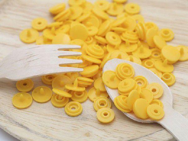 プラスチックスナップボタン(T-3)30組(10mm 黄) ハンドプライヤー 手芸材料 プラスチック製 ボタン 手芸 取り付け方 かわいい