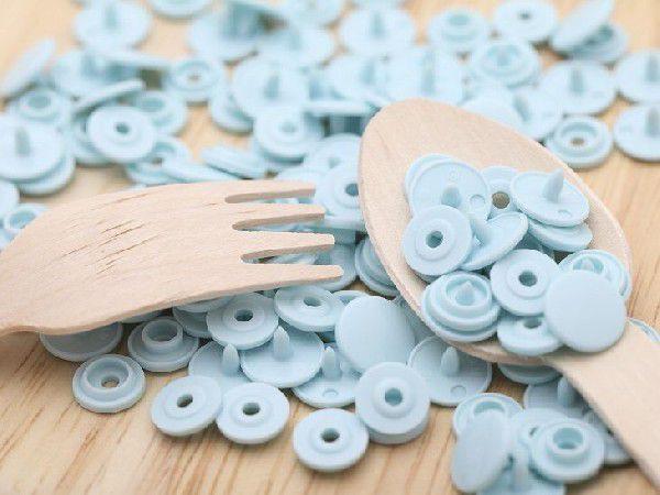 プラスチックスナップボタン(T-3)30組(10mm ライトブルー) ハンドプライヤー 手芸材料 プラスチック製 ボタン 手芸 かわいい