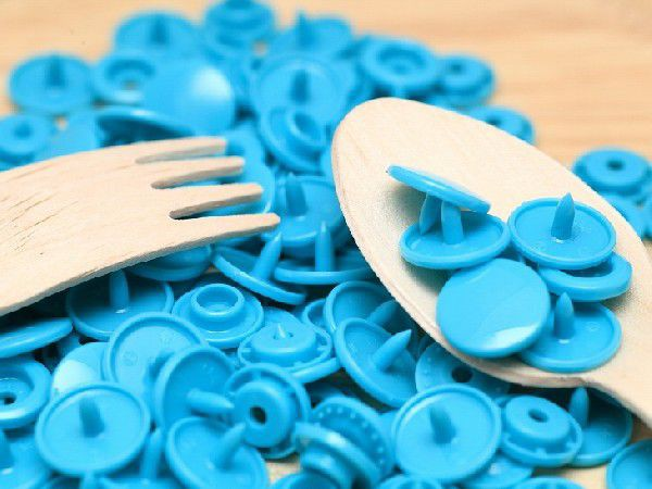 プラスチックスナップボタン(T-5)30組(12mm ブルー) ハンドプライヤー 手芸材料 プラスチック製 ボタン 取り付け方 かわいい