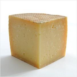 チーズ 長期12ヶ月熟成のケソマンチェゴ!切り立てをお届け致します!【100g】【冷蔵/冷凍可】【D+2】【父の日 ギフト プレゼント】【お