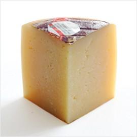 チーズ でたっ!イディアサバルDOP(ラチャ種羊の乳)【約100g】【冷蔵/冷凍可】【D+2】【お中元 ギフト】