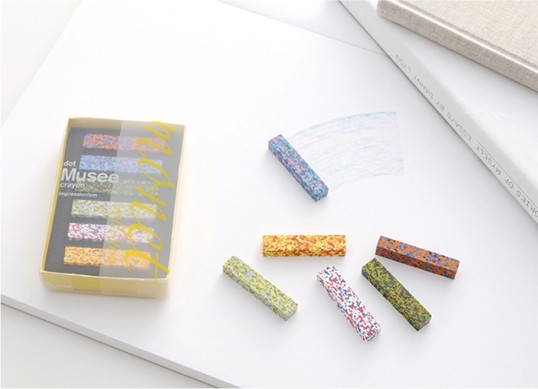 AOZORADot Musee Crayon[ドットミュゼクレヨン]印象派の画家「モネ」の絵画の色彩を混ぜ込んだクレヨン様々な色合いからなるモザイク状