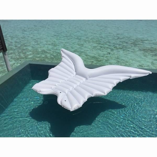 浮き輪 巨大 天使 羽 翼うきわ エア床 エアベッド 特大サイズ 海 ビーチ プール 水遊び 海水浴 大人用 女性用 インスタ映え