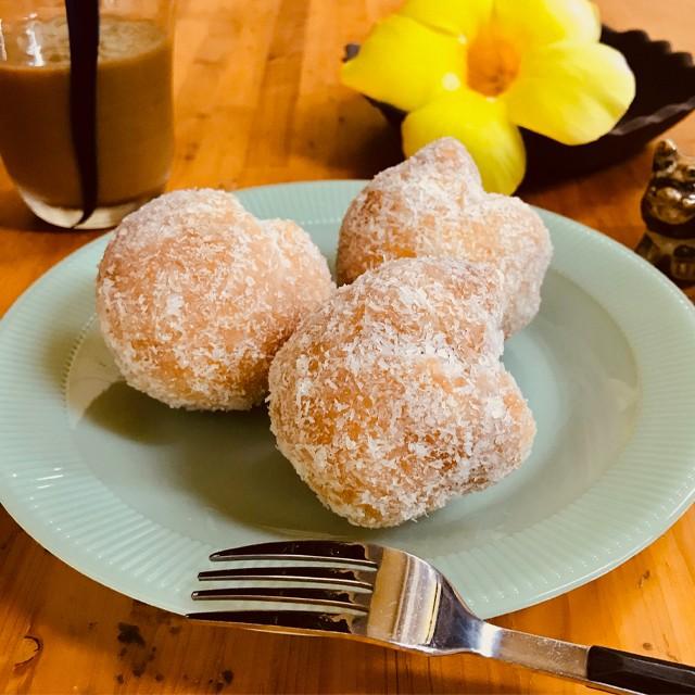 送料無料 サーターアンダギー ココナッツ8個入 さーたーあんだぎー 沖縄ドーナツ お取り寄せ