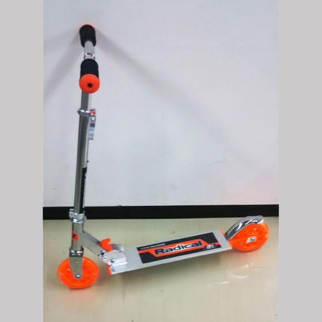 Radikal KICK SKATER 光るキックスケーター オレンジ