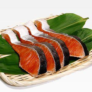 冷凍食品 茶あらい 骨なし 秋鮭切り身 (5切れ) サーモン 鮭 お弁当 おかず 惣菜 マルハニチロ