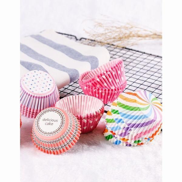マフィンカップ(ハートチェック) 300枚マフィンカップ マフィン型 ベーキングカップ 紙製 焼型 ケーキカップ ギフト プレゼント お菓子