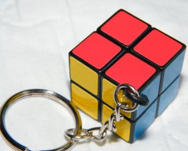 キューブ型 パズル キーホルダー キーリング ミニ立体パズル 6面体 2×2×2