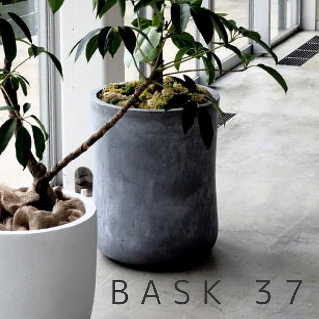 .バスク ミドル Φ37【GA-0537】 BASK おしゃれ 大型 鉢 植木鉢 ガーデニング ポット プランター ファイバークレイ製